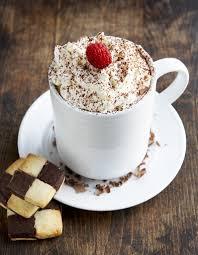 cuisiner pour une personne chocolat chaud façon tiramisu pour 1 personne recettes à table