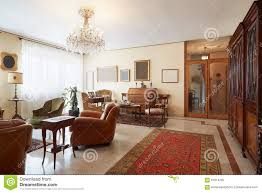 Wohnzimmer Italienisch Wohnzimmer Klassischer Innenraum Mit Antiquitäten Stockfoto