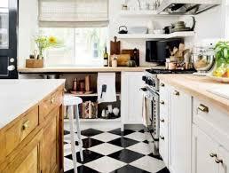 carrelage damier cuisine le carrelage damier noir et blanc en 78 photos cuisine bois