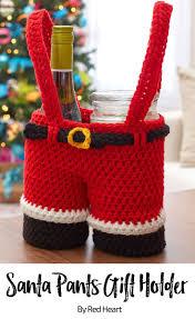santa pants gift holder free crochet pattern in super saver