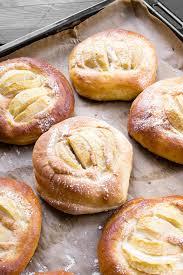 recettes maxi cuisine découvrez la recette de la brioche à la pomme sur maxi mag fr