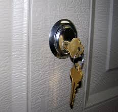 How To Unlock Bathroom Door Without Key How To Open A Locked Door With Paperclip Unlock Bedroom That