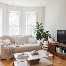 does it or list it leave the furniture 10 simple decorating for arranging furniture