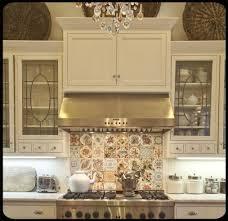 cottage kitchen backsplash 256 best cottage kitchen images on cottage kitchens