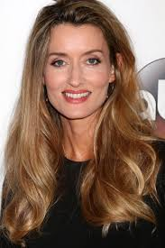 hair style for women age 48 with long curly hair age 48 natasha mcelhone 7710549 jpg 667 1000 aging beautifully