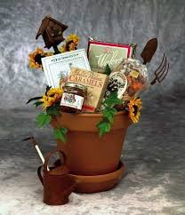 garden gift basket 31 best gardening gift basket images on gift basket