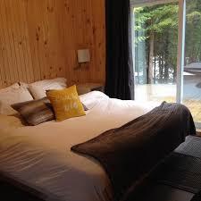 chambre avec prive chambre avec accès au spa privé picture of esker nature chalets