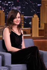 35 year old hair cut alexis bledel reveals her top gilmore girls characters to jimmy