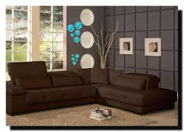 what color should i paint my living room with brown furniture