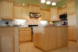 Exellent Maple Kitchen Cabinets Backsplash Best  Ideas On - Natural maple kitchen cabinets
