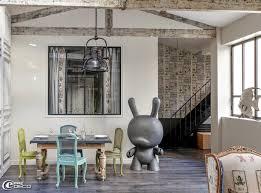 deco industrielle atelier un loft parisien lové autour d u0027une cour e magdeco magazine de