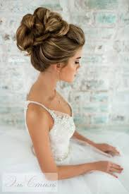 no fuss wedding day hairstyles best 25 wedding half updo ideas on pinterest wedding hair