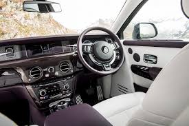 rolls royce inside 2016 first look 2018 rolls royce phantom viii canadian auto review