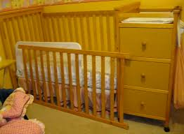 Cribs With Changing Tables Attached Baby Cribs Design Baby Cribs With Drawers Underneath Baby Best 25