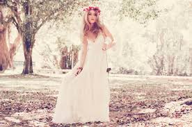 Wedding Dresses Designers Top 10 Wedding Gown Designers In Indonesia The Wedding Vow