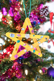 easy star craft for young kids star craft and christmas ornament