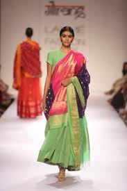 Mumtaz Style Saree Draping 10 Modern Ways To Style Your Kanjeevaram Sari Wedmegood