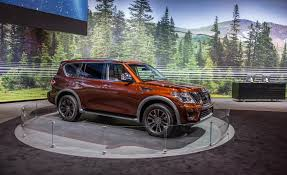 2017 nissan armada platinum 2017 nissan armada pictures photo gallery car and driver
