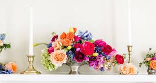 wedding flower arrangements how to choose your wedding flowers weddingwire