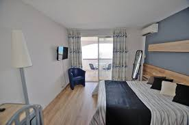 hotel avec dans la chambre pyrenees orientales chambres 1 à 2 personnes solhotel