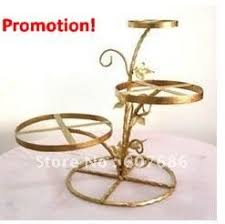 expensive wedding cakes for the ceremony heart wedding cake stand
