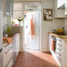 tile flooring ideas for kitchen the 25 best terracotta floor ideas on mexican tile