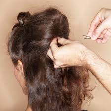 Hochsteckfrisurenen Locken Gesteckt by Haarstyling Lange Haare Hochstecken Kein Problem Brigitte De