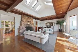 White Wood Ceiling by 39 Beautiful Living Rooms With Hardwood Floors Designing Idea