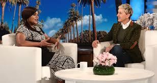 Hawaii Chair Ellen Pregnant Mindy Kaling Reveals Gender Of Her Baby On U0027ellen