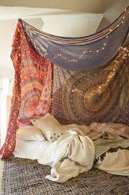 Hanging Canopies by Uo Diy Tapestry Canopy Urban Outfitters Blog