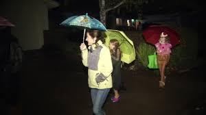 spirit halloween san jose families make the most of rainy halloween in north bay abc7news com