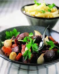 cuisiner boeuf bourguignon recette le bœuf bourguignon cuisine et vins de