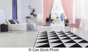 femme chambre intérieur femme placard chambre à coucher photographie de