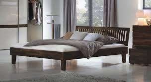 Schlafzimmer Bett 200x200 Weißes Massivholzbett In Z B 200x200 Cm Größe Bett Laredo