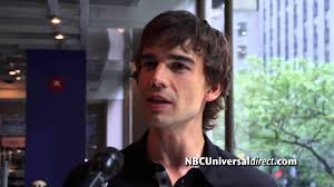 Covert Affairs Blind Guy Christopher Gorham Steps Into The Director U0027s Chair And Dishes On