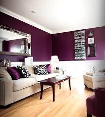 modernes haus wohnzimmer grau lila streichen wand streichen ideen