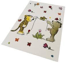 teppich kinderzimmer kinder teppich janosch blumenregen handgearbeitet kaufen baur