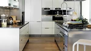 cuisine semi professionnelle une cuisine à l esprit semi professionnelle minos blanc laque