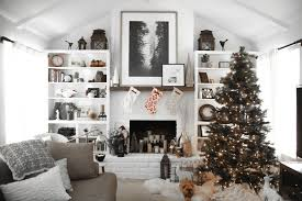 Decorate Large Living Room by 5 Tips To Choosing The Best Wall Art For A Large Living Space With