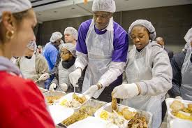 photos hosea feed the hungry and homeless thanksgiving meal