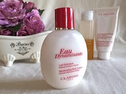 the beauty vine bath time with the beauty vine 4 the beauty clarins eau dynamisante moisturising body lotion rrp 60 00 aud