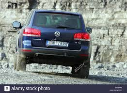volkswagen touareg blue car vw volkswagen touareg v6 tdi model year 2004 dark blue