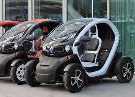 renault twizy vs smart fortwo renault twizy z e 2009 electric cars forever
