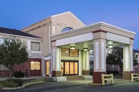 Comfort Suites Clara Ave Columbus Ohio Red Roof Inn Columbus Ohio State Fairgrounds 2017 Room Prices
