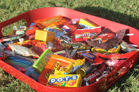 Donate Leftover Halloween Candy by 10 Ideas For Leftover Halloween Candy