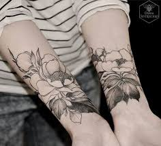 269 best flower tattoos images on pinterest botany draw and drawing