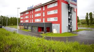 bureau equipement thionville hotel kyriad design enzo thionville hôtel 3 hrs étoiles