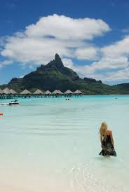 clear blue ocean water in bora bora overwater bungalows bora