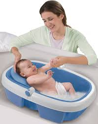 Primo Euro Bathtub Giving Your Newborn A Bath Made Easier Through The Use Of Baby