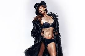 Jessica Pels Unretouched Photo Of Cindy Crawford Is Leaked To Internet Bird